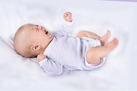 запор новорожденного