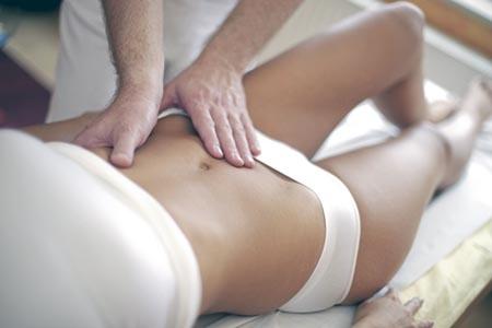 массаж при запоре взрослому