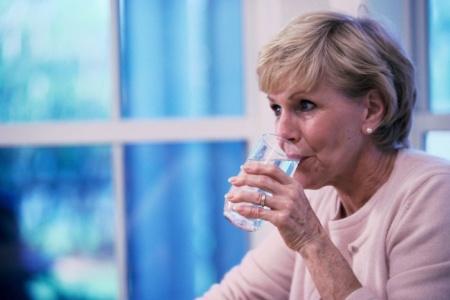 Питание пожилых при запоре